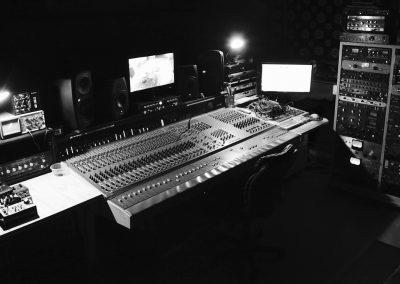 mm-control-room